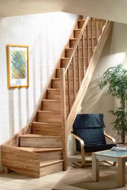 Houten trap tradi eco - Te vernieuwen zijn houten trap ...