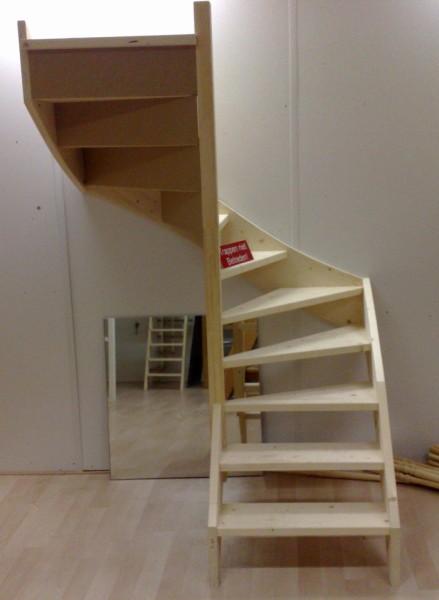 Prijs van een trap met een hoogte van 2600mm zoals op de fotou0026#39;s hier ...