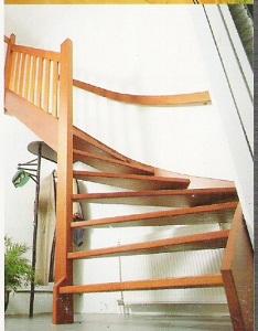 Voorbeeld houten trappen