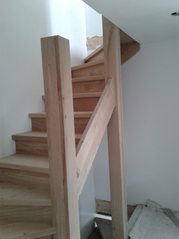 robuuste eikenhouten trappen