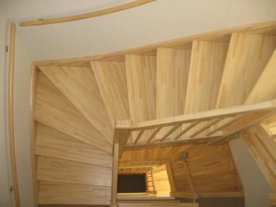 trappenhuis essen houten trappen